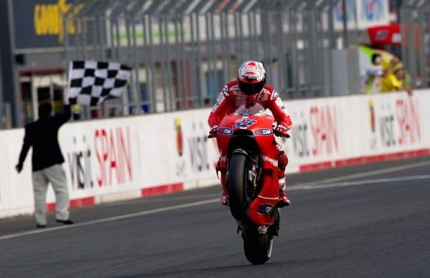 MotoGP: Стоунър отложи коронацията на Лоренсо