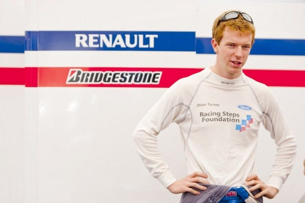 Търви и Пафет ще тестват за McLaren