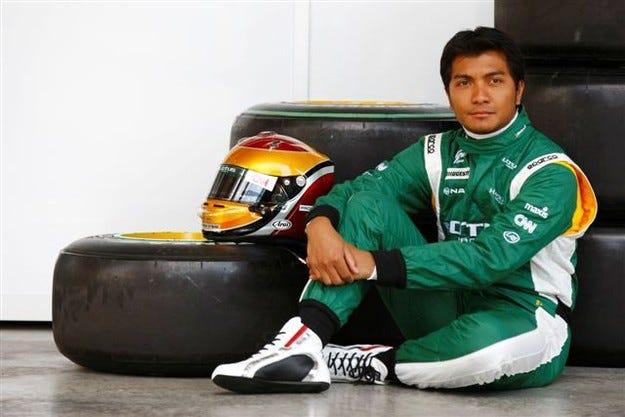 Фози се присъедини към Lotus Renault
