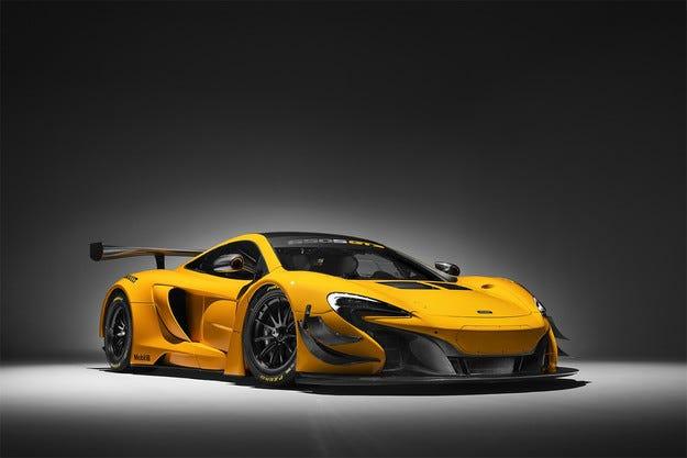 Британският McLaren обнови суперавтомобила 650S GT3