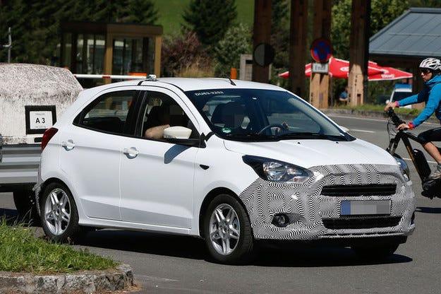 Прототипът Ford Ka: Малъкт автомобил с четири врати