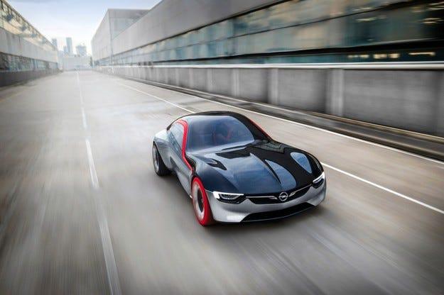 GT Concept, Mokka X и Astra: Хитове на Opel в Женева