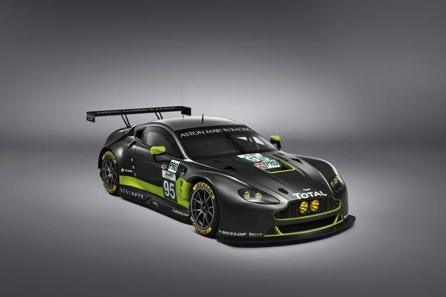 Aston Martin Racing и Dunlop стават технически партньори
