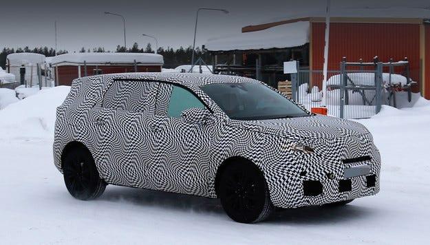 Кросоувърът Peugeot 6008 ще се появи на пазара през 2017 г.