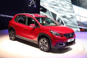 Френската компания Peugeot обнови кросоувъра 2008