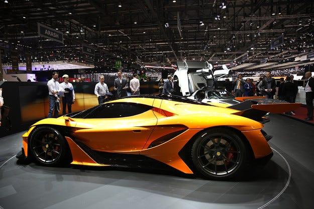 Apollo заведе в Женева суперавтомобил с 1000 к.с.