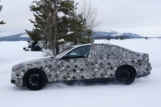 Прототипът BMW M5 (2017): Пред нас е новият мощен седан