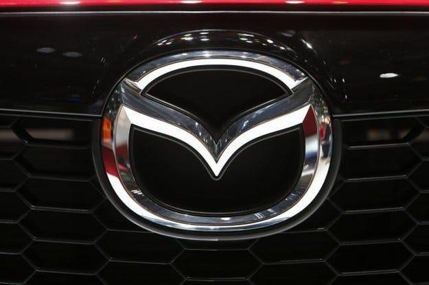 Mazda ще покаже на салона Ню Йорк нова версия на MX-5