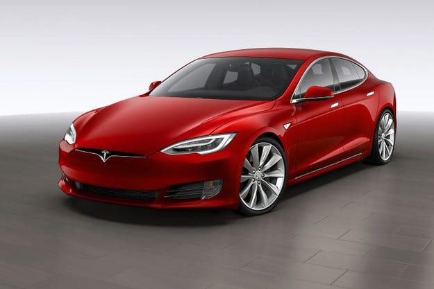 Разкриха изцяло обновения електромобил Tesla S