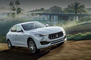 Кросоувърът Maserati Levante V8 вече е на пътни тестове