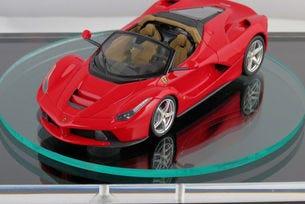 Разкриха дизайна на Ferrari LaFerrari Spider чрез играчка