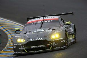 Новото GT партньорство между Aston Martin и Dunlop