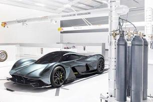 Aston Martin представи хипер автомобил от ново поколение