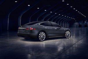 Още за Tesla P100D: Model S с пробег от 613 км