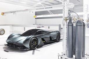 Aston Martin AM-RB 001 ще се превърне в хибрид