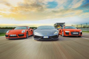 Lamborghini Huracán LP 610-4 срещу Audi R8 V10 Plus и Porsche 911 Turbo S
