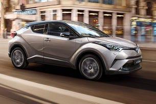 Toyota праща кросоувъра CH-R на поточната линия