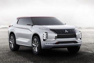 Mitsubishi GT-PHEV Concept: Скулптуриран динамизъм