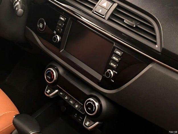 ВУкраине появился первый электрокар Hyundai IONIQ class=