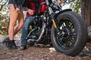 Нови предложения от Bridgestone за мотоциклетистите
