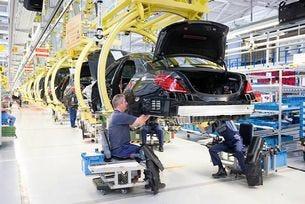 Заводът за двигатели на Mercedes в Полша стартира през 2020 г.