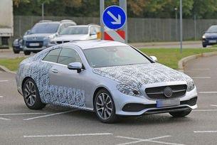 Новият Mercedes E-класа Coupé дебютира в Детройт