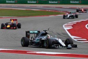Гран при на САЩ: Хамилтън отново превзе Тексас
