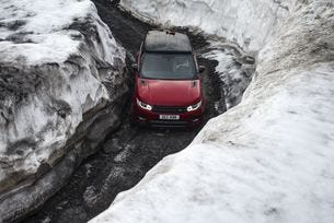 Range Rover Sport e майстор в ски дисциплините