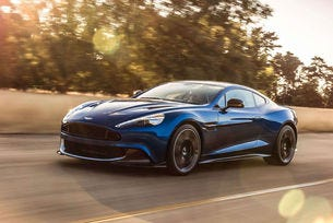Aston Martin Vanquish S: По-наточен и по-мощен