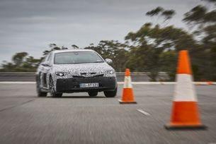 Новият Opel Insignia тръгна на тестове на Нюрбургринг