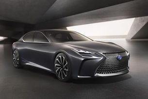 Новият Lexus LS получава водороден двигател