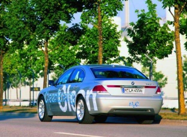 BMW и водородът: втора част
