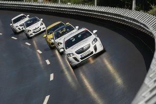 Opel предлага различни подаръци за Коледа