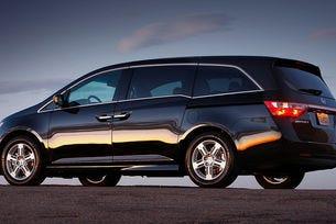 Спират продажбите на Honda Odyssey заради седалки