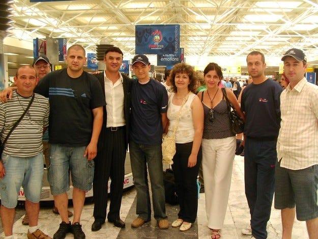 Президентът на БФС се снима с българския отбор на Hyundai във Виена