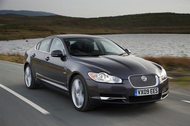 Jaguar с нови награди от Auto Express