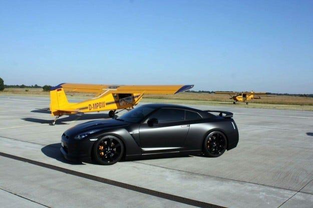 Avus Nissan GT-R Black Edition