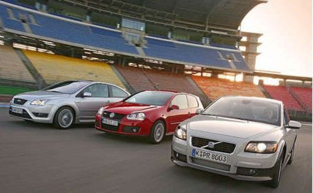 Golf GTI, Focus ST и Volvo C30 T5