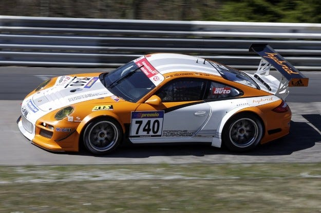 Porsche 911 GT3 R Hybrid Нюрбургринг