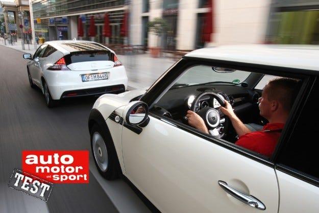 Honda CR-Z GT срещу Mini One Minimalist