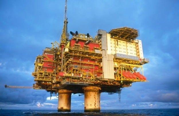 Нефтът: Приказка с край