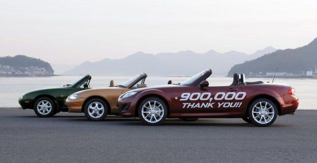 Mazda MX-5 900 000