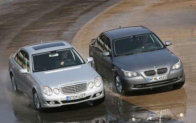 BMW 530i срещу Mercedes E 350
