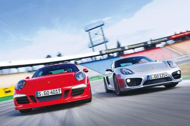 Porsche Cayman S срещу Porsche 911