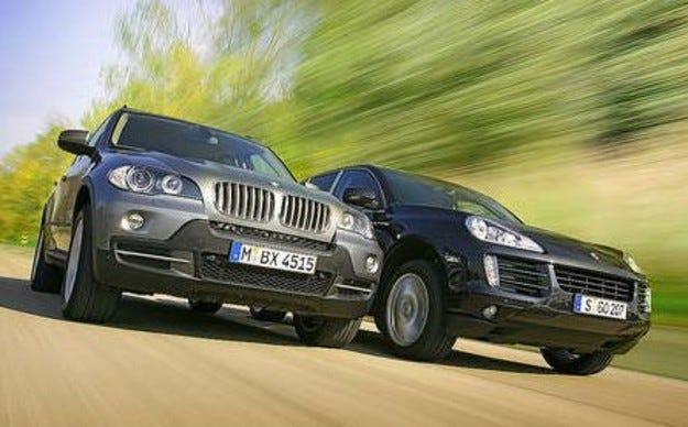 BMW X5 4.8i срещу Porsche Cayenne S