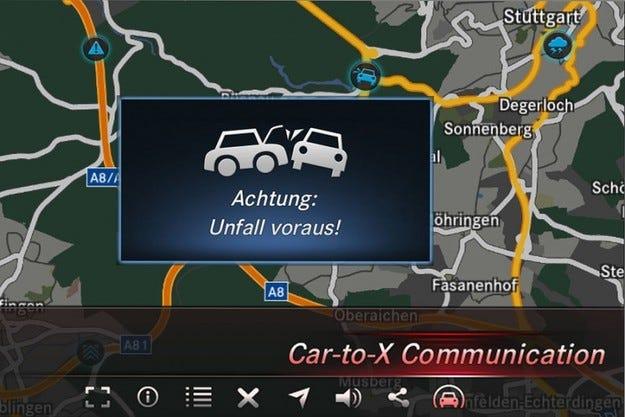 Mercedes въвеждат комуникация между автомобилите