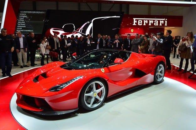 Ferrari LaFerrari е вече разпродаден