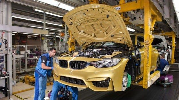 BMW с рекордни продажби, нов скок на печалбата