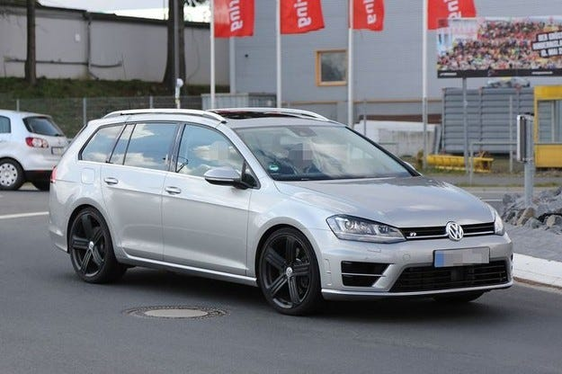 Още подробности за VW Golf R Variant