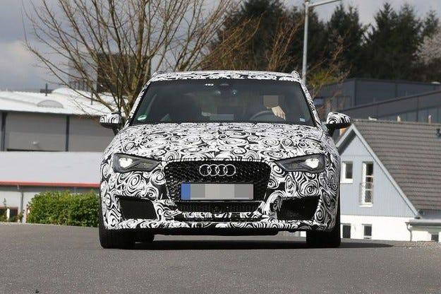 Audi RS3 Power-A3 гони границата от 400 к.с
